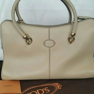 "Tod's Leather ""Sella"" Medium Bag; Pre-owned"